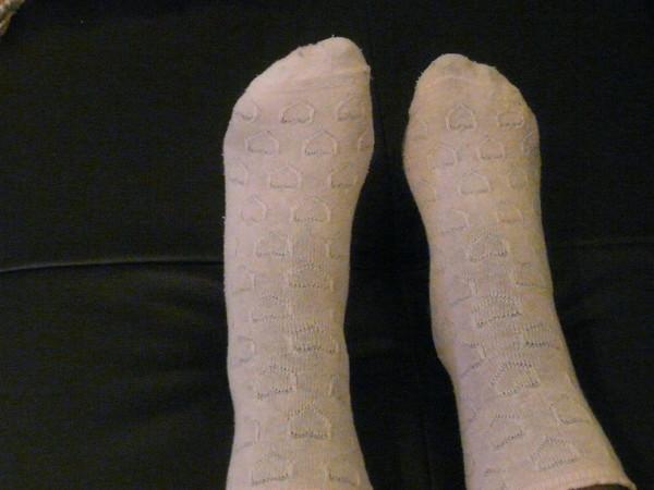 mes p'tites chaussettes roses avec des coeurs